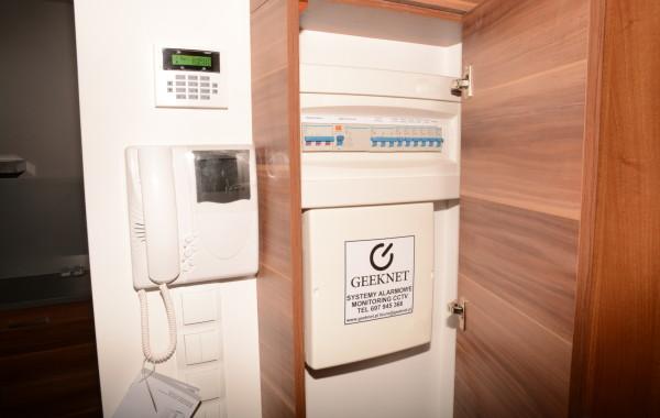 Instalacja systemu alarmowego w mieszkaniu na warszawskim Wilanowie